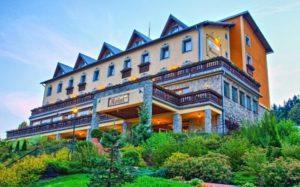 Welnes v Beskydech hotel Husárik